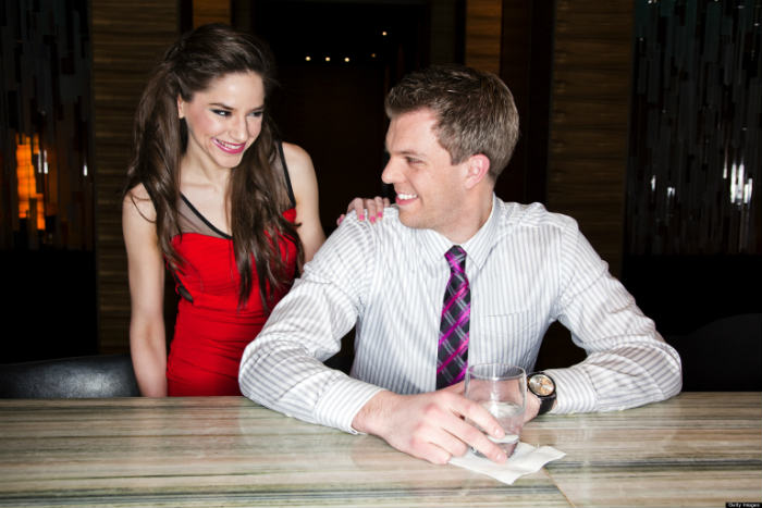 7 Top Secret Lines For Starting a Conversation With a Woman