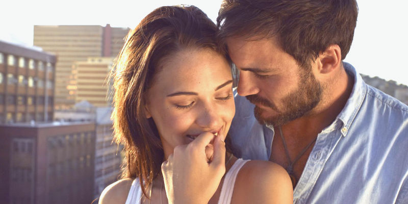 6 Signals She Needs to See Before She Sleeps With You