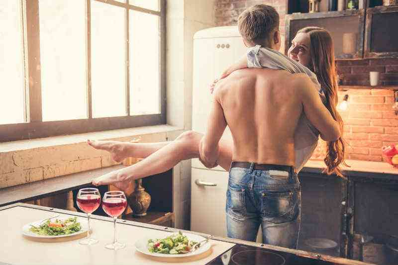 "The Ultimate ""Sex Smoothie"": 5 Ingredients for Stronger Erections TONIGHT"