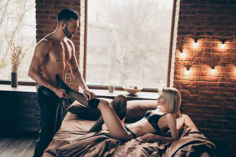Why Men Who Are Dominant In Bed Have Better Sex Lives, More Pleasurable Orgasms & Higher Libidos Than Everyone Else (Scientifically Proven)